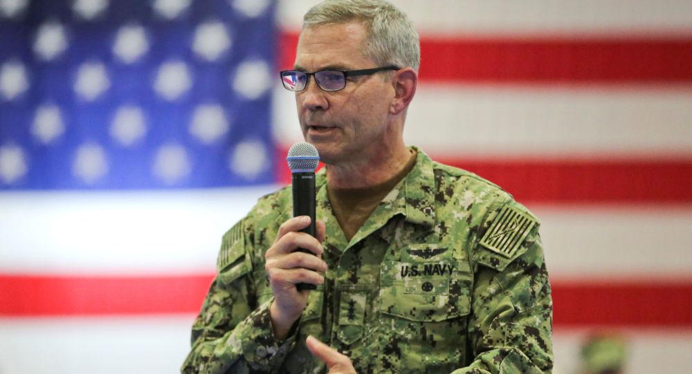 Velitel 5. flotily vojenského loďstva USA Scott Stearney
