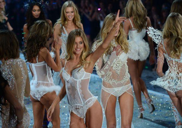 Modelky Victoria's Secret v NY