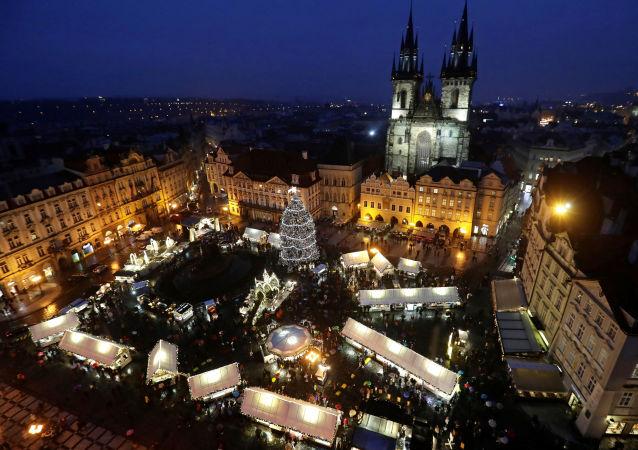Staroměstské náměstí o Vánocích