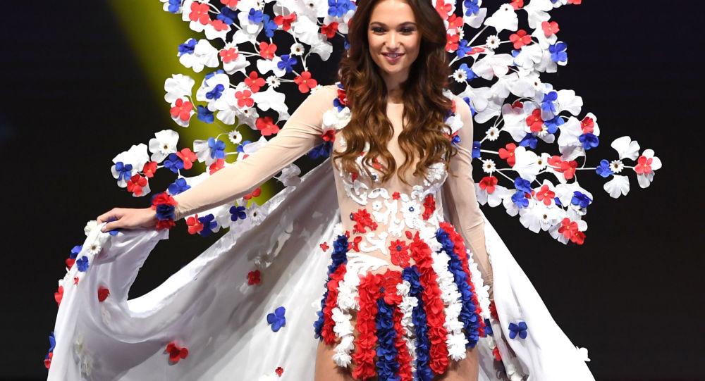 Česká účastnice Miss Universe 2018 Lea Šteflíčková