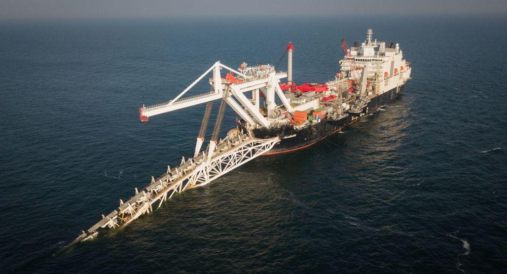 Pokládka plynovodu Severní proud 2