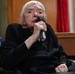 Obhájkyně lidských práv Ljudmila Alexejevová