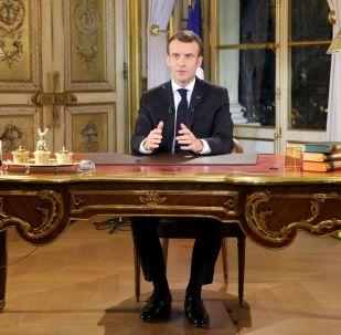 Francouzský prezident Emmanuel Macron během projevu k národu