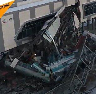 V Turecku rychlovlak se srazil s druhým vlakem, zemřelo devět osob