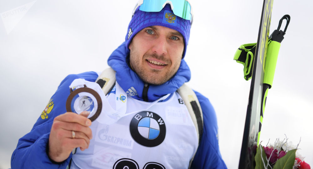 Ruský biatlonista Jevgenij Garaničev