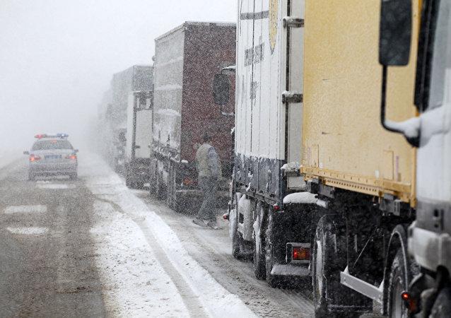 Kamiony. Ilustrační foto