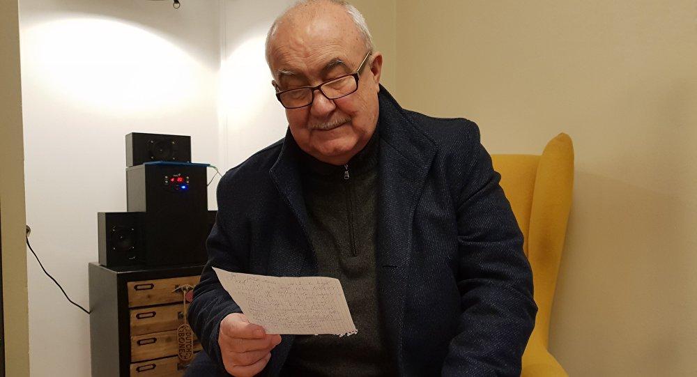 Petr Hannig čte alternativní novoroční projev k občanům ČR