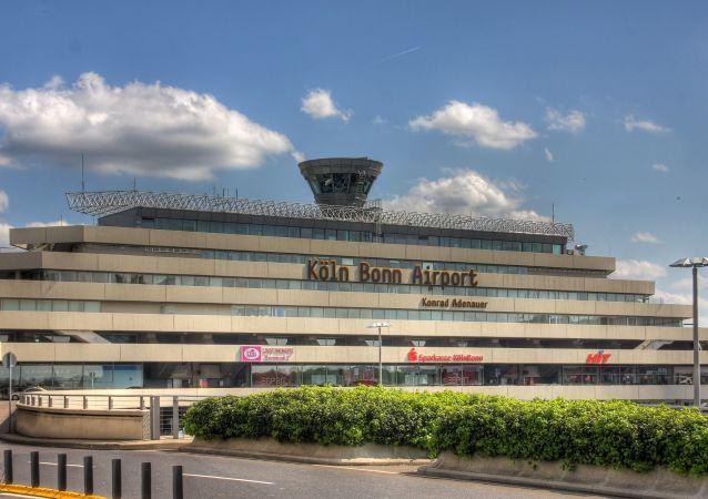Budova letiště Kolínu nad Rýnem/Bonnu