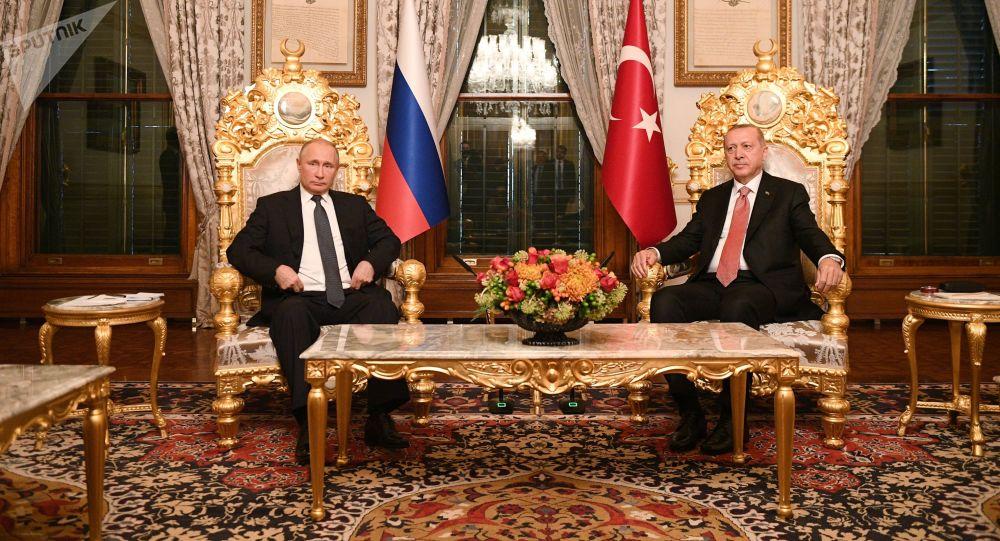 Ruský prezident Vladimir Putin a jeho turecký protějšek Recep Tayyip Erdoğan