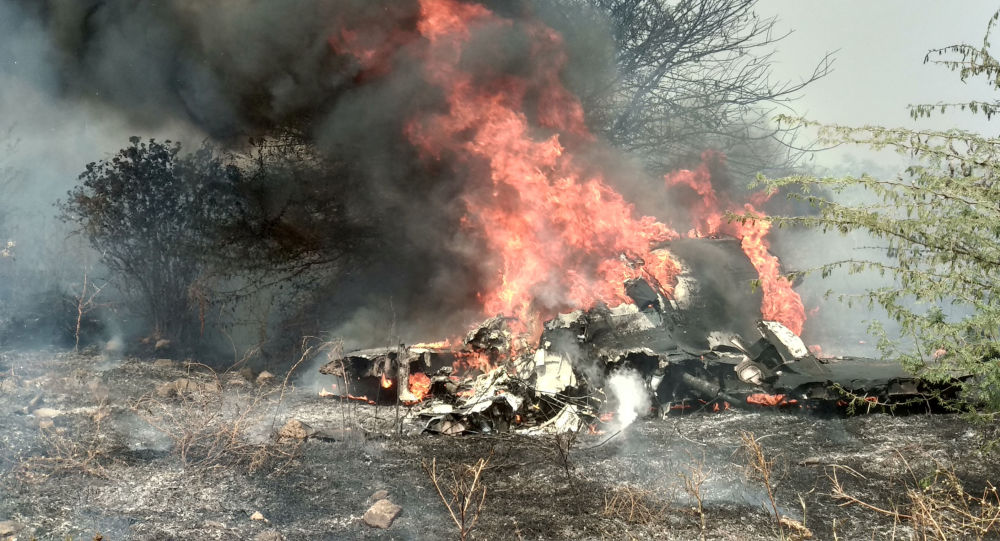 Stíhací letoun indického letectva Dassault Mirage 2000 se zřítil na základně Bengalúr