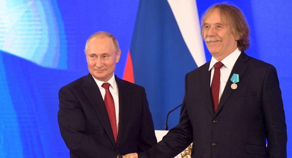Ruský prezident Vladimir Putin a Jaromír Nohavice v Kremlu