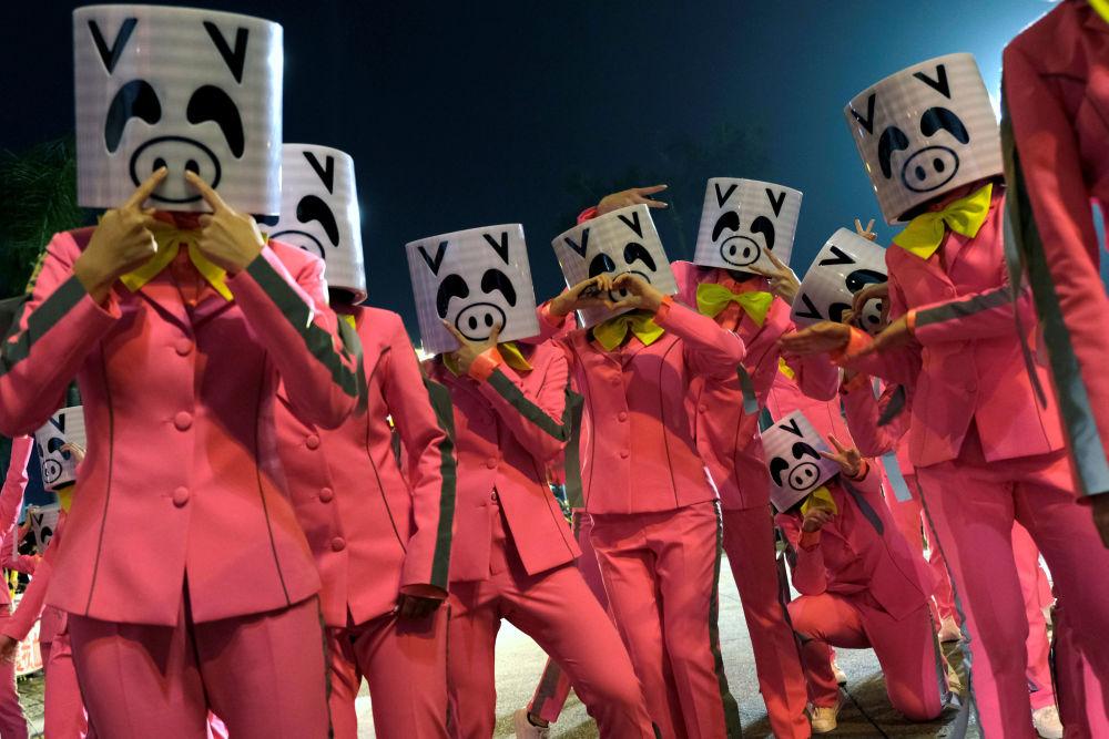 Oslava Čínského Nového roku v Hong Kongu.