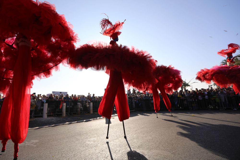 Karneval, který překvapí! Barvy života, velikán Charlie Chaplin a královna v růžovém