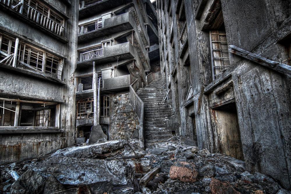 Schody do pekla na japonském ostrovu Hašima.