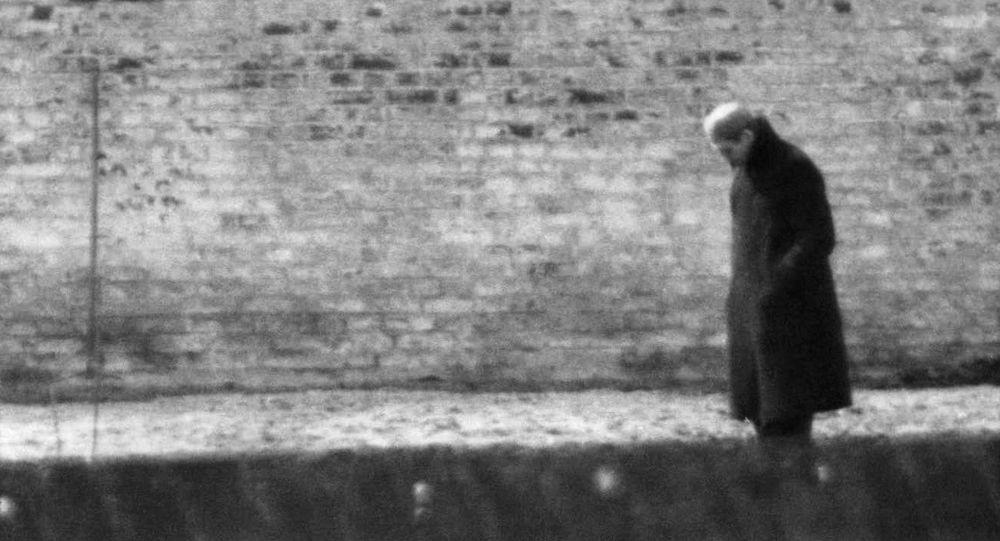 Nacistický zločinec Rudolf Hess v berlínské věznici Špandava