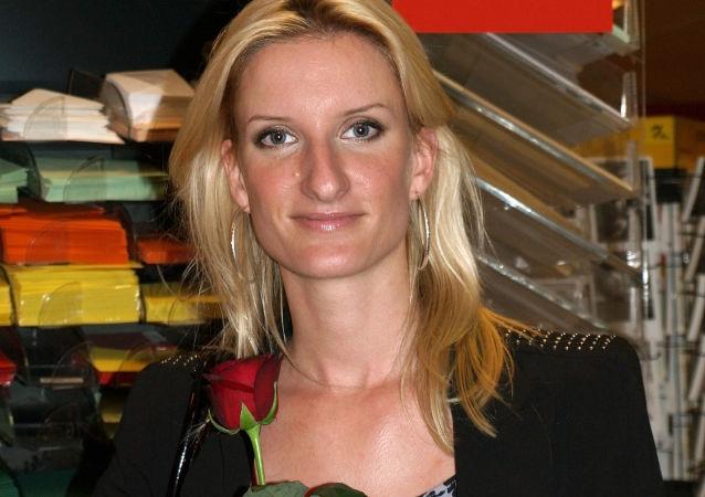 Slovenská moderátorka Adela Vinczeová
