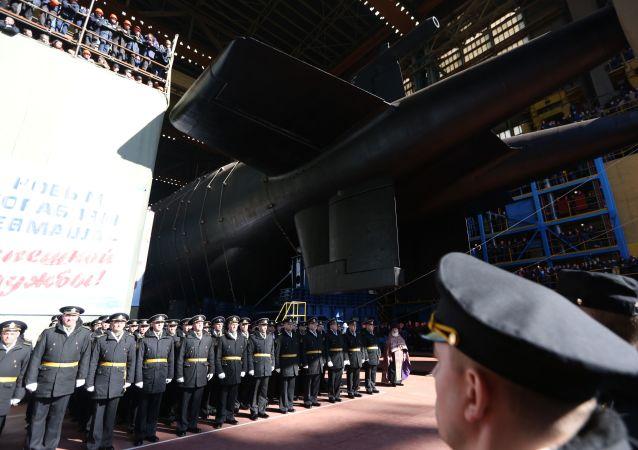 Spuštění na vodu ponorky Bělgorod