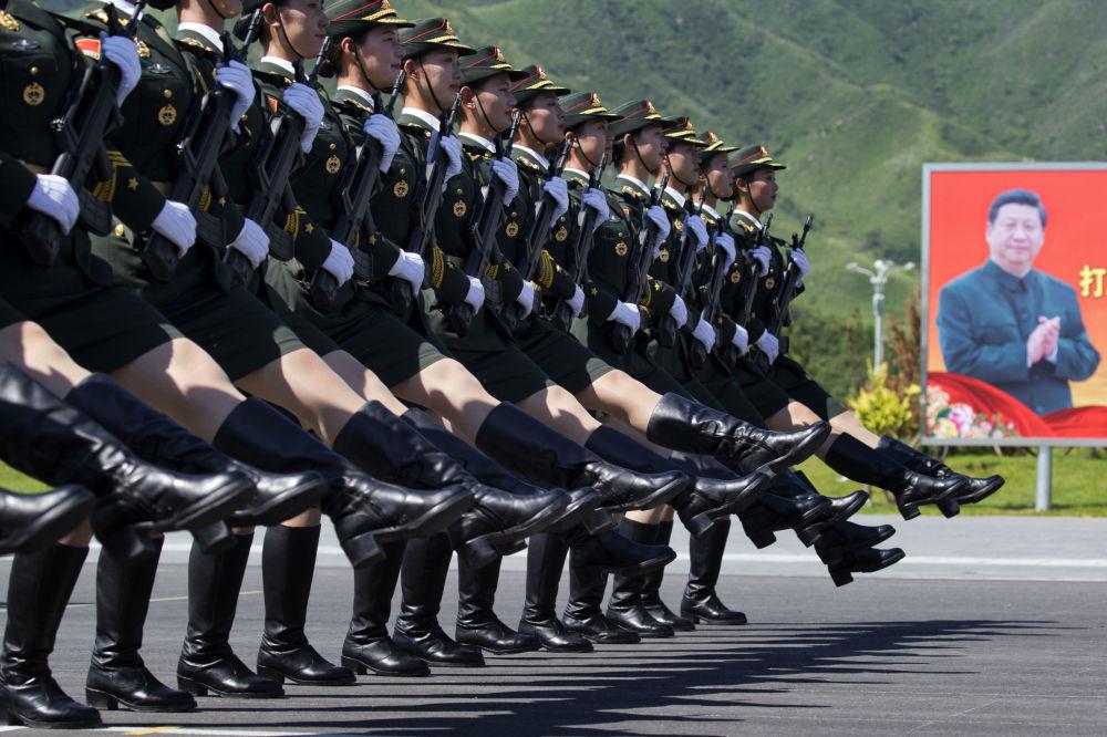 Zkouška vojenské přehlídky v Pekingu