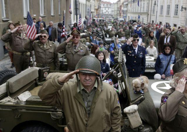 Akce Konvoj svobody na počest výročí osvobození západního Československa od nacistického Německa