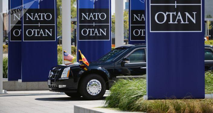 Automobil amerického prezidenta Donalda Trumpa na summitu Severoatlantické aliance v Bruselu