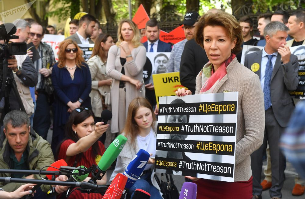 Veronika Krašeninnikovová, členka Veřejné komory Ruské federace a ředitelka Institutu zahraničního výzkumu a iniciativ, během akce na podporu Kirilla Vyšinského