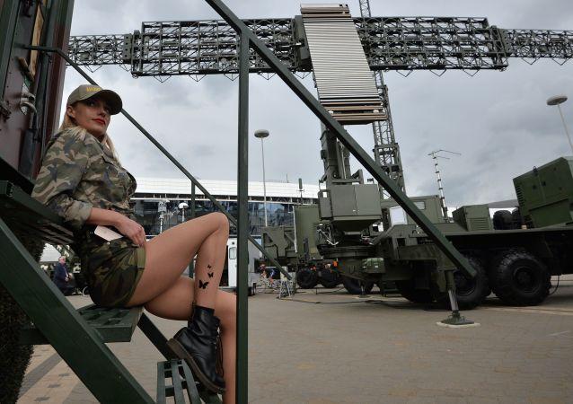 Účastnice mezinárodní výstavy zbraní a vojenské techniky MILEX-2019 v Minsku