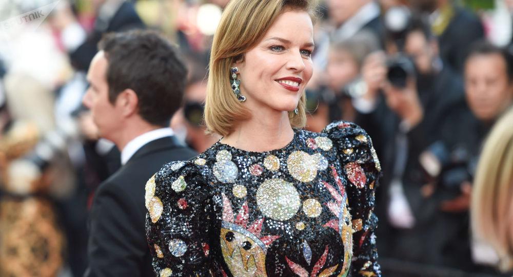 17c184b63 Češky se ukázaly v celé své kráse a rozpálily Cannes (FOTO ...