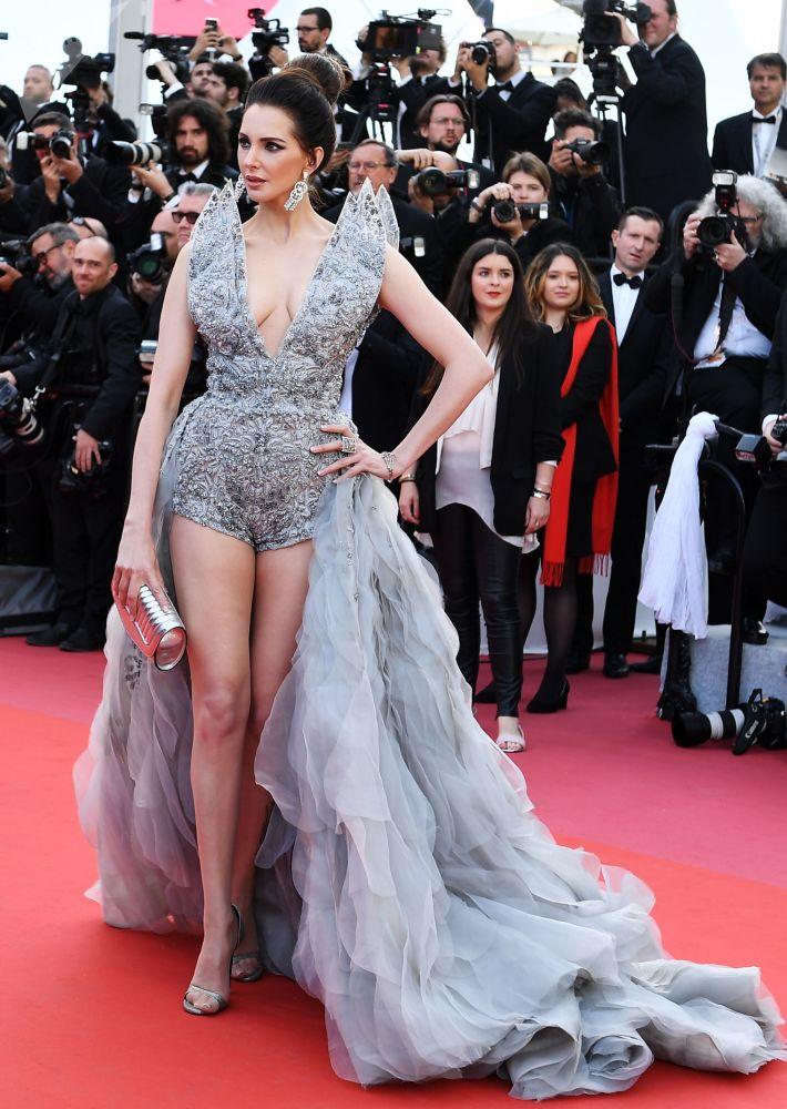 """Herečka Frédérique Bel během premiéry filmu Dextera Fletchera """"Rocketman"""" v rámci 72. filmového festivalu v Cannes."""