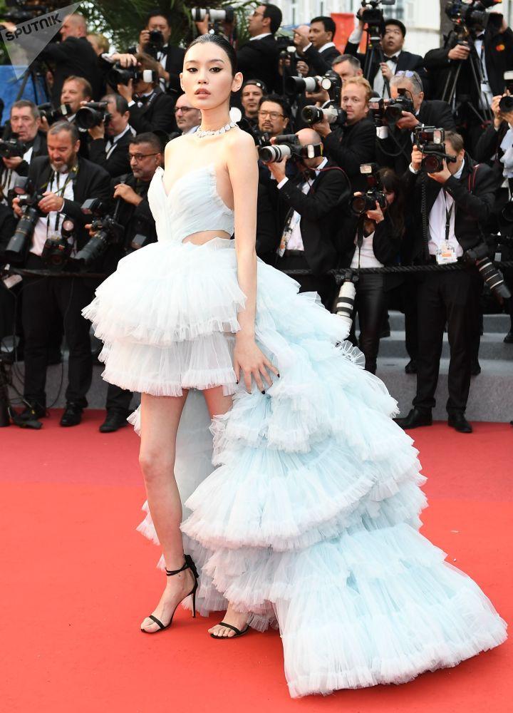 Čínská herečka Ming Xi během 72. filmového festivalu v Cannes.